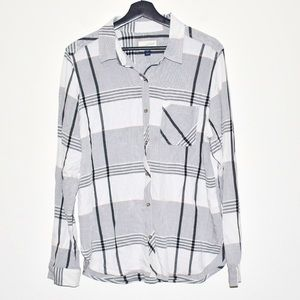 Universal Thread Plaid shirt